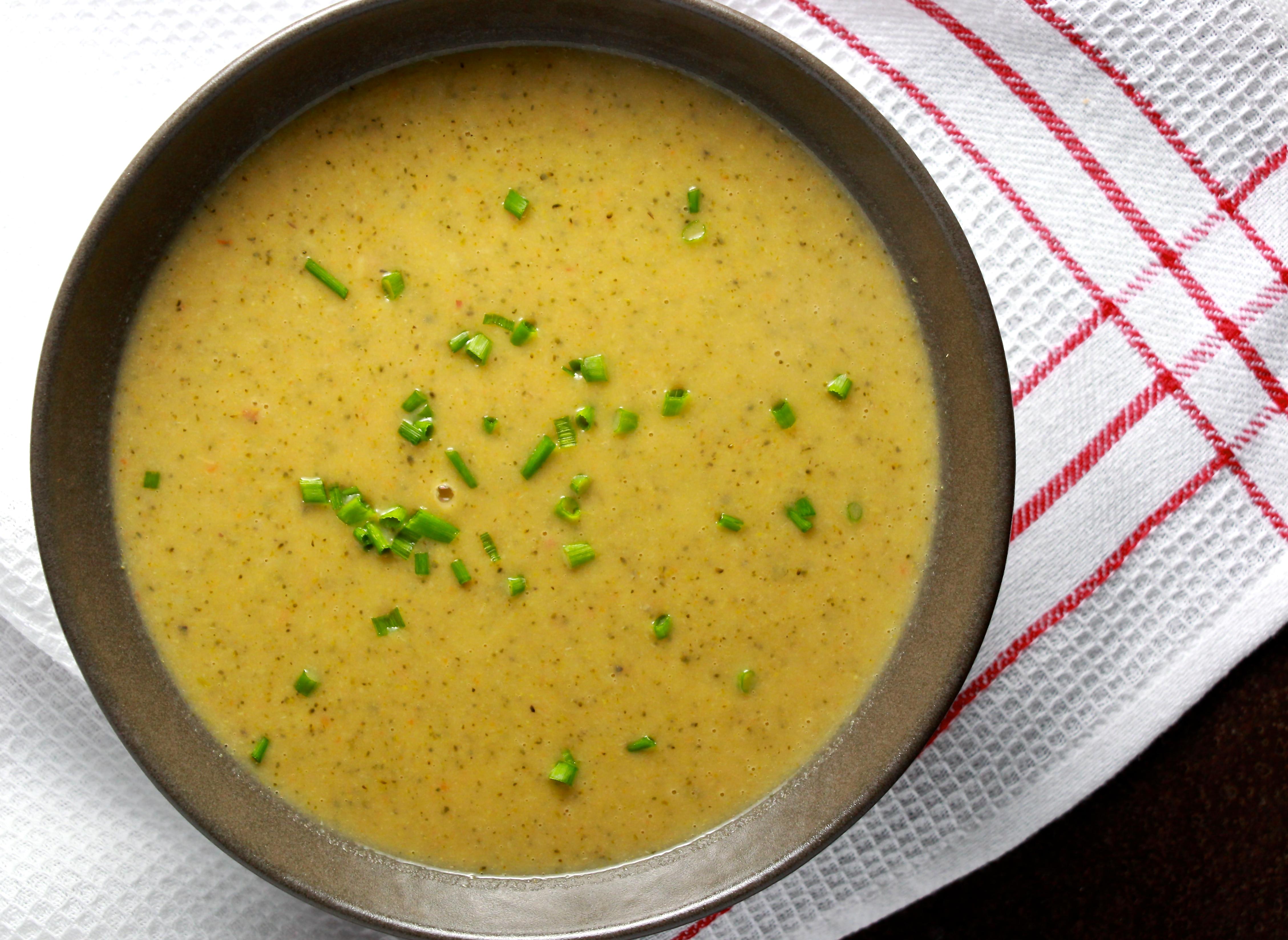 Creamy Broccoli and Potato Soup