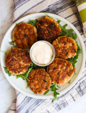Whole30 Tuna Cakes with Smoked Paprika Aioli