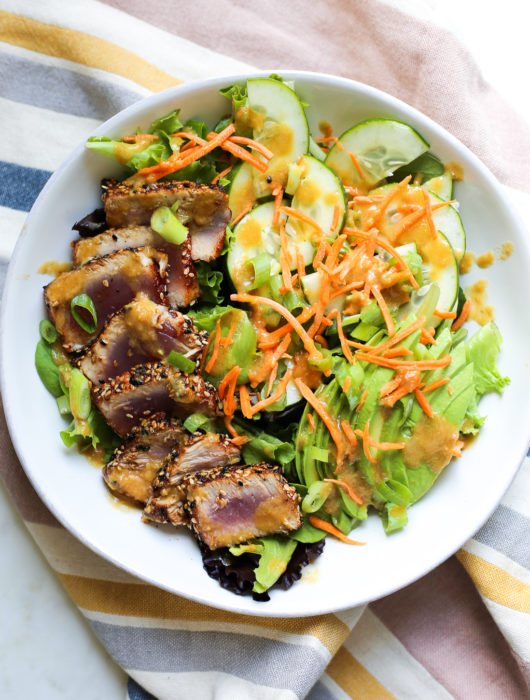 Seared Tuna Salad with Pineapple-Sesame Dressing