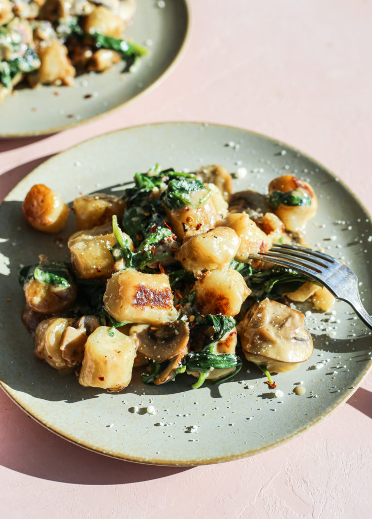 creamy mushroom cauliflower gnocchi