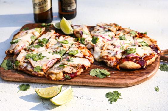 easy grilled BBQ chicken pizza flatbread