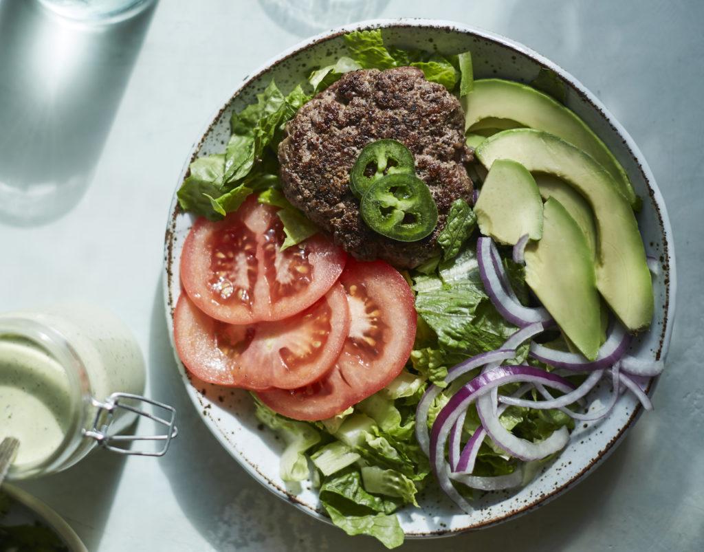 hamburger salad with creamy jalapeño dressing