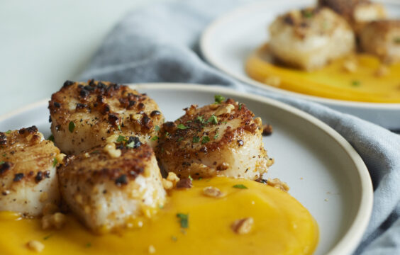 walnut-crusted scallops