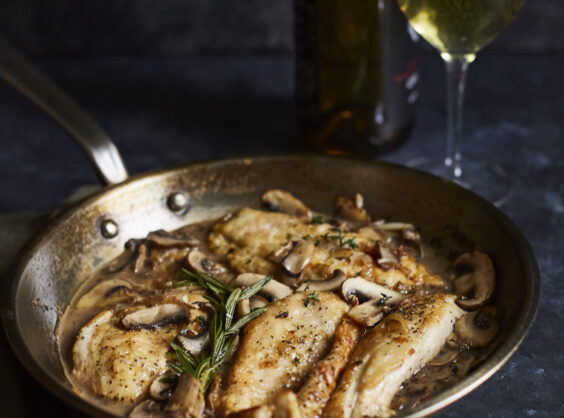 skillet chicken with white wine